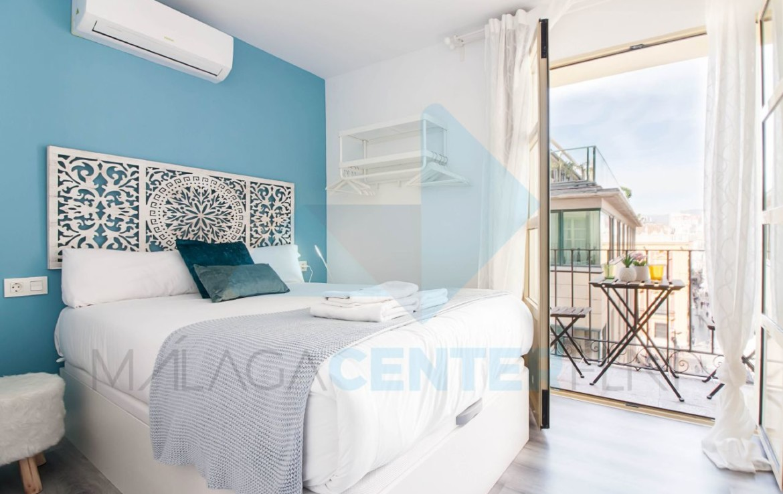 Malaga Center Holidays Cathedral airbnb